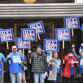 Seattle Members Rally Against Postal Privatization